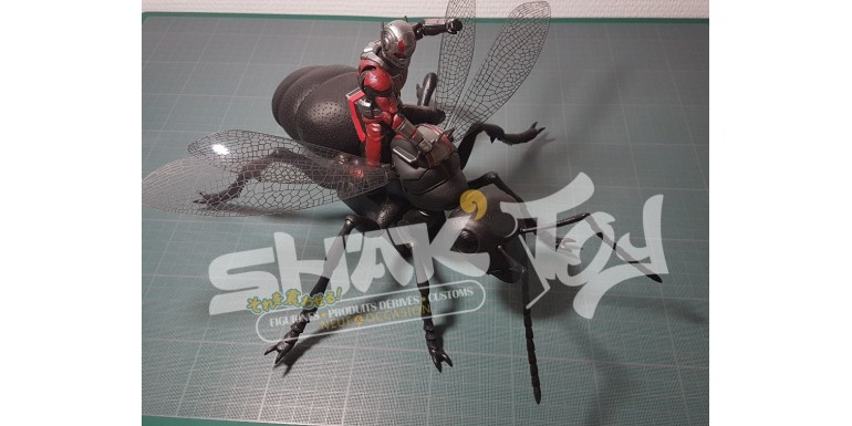 La sh figuarts Ant-man deluxe en image
